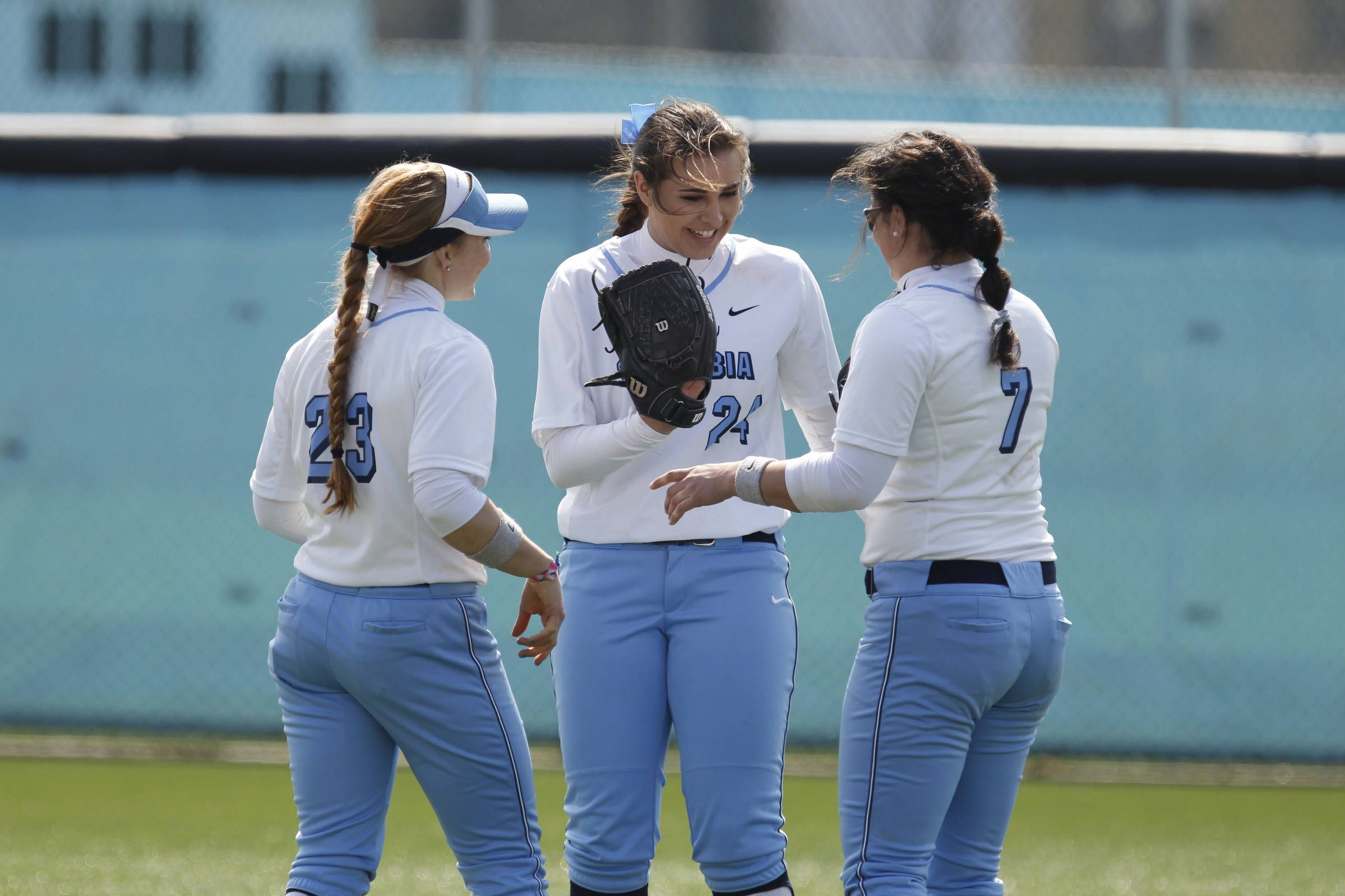 Softball Heads to Dartmouth, Harvard in First Ivy League